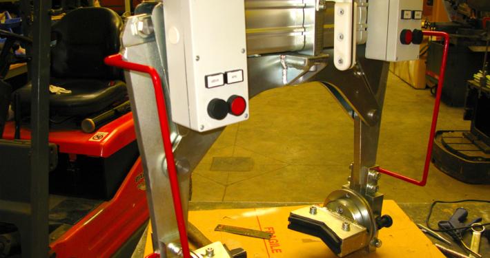 Pinza pneumatica ribalta riduttori